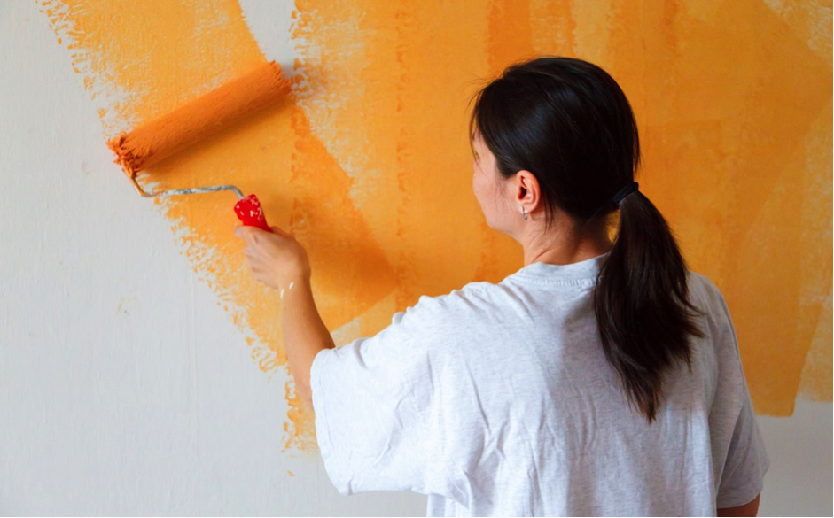 Tips To Choose And Apply The Right Paint Color For Your New HouseLike A Pro